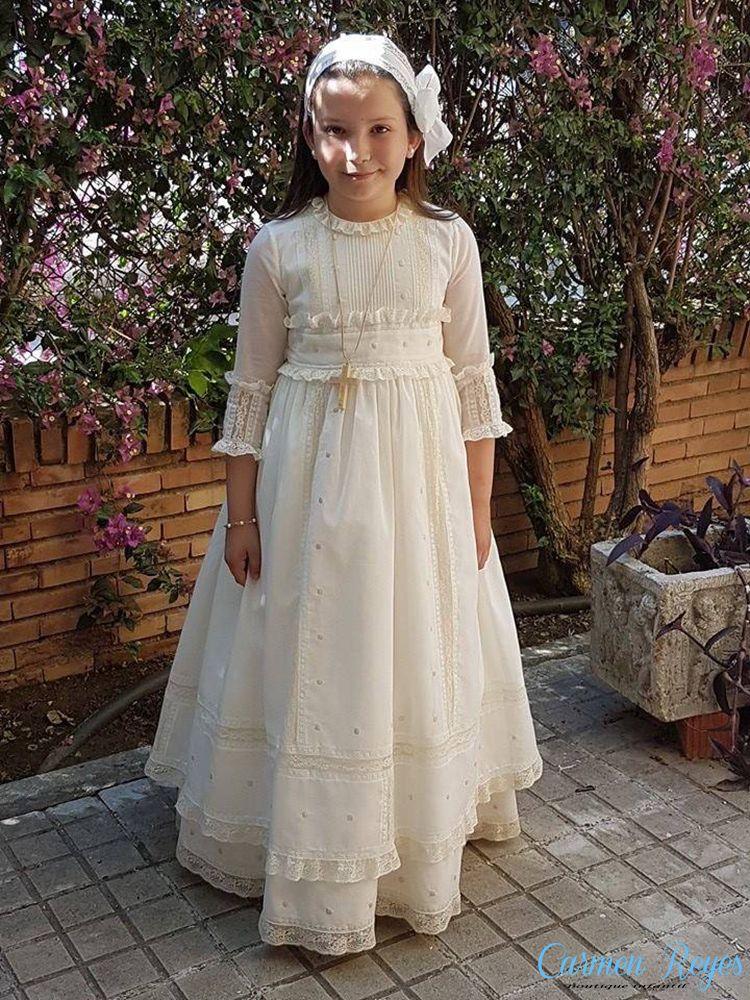 Vestido De Comunión De Batista Beige Con Doble Falda Y Pasada